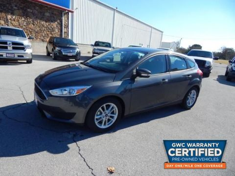 Pre-Owned 2017 FORD FOCUS SE SE