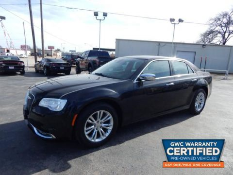 Pre-Owned 2016 CHRYSLER 300C