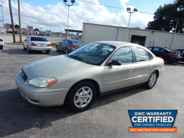 Pre-Owned 2005 FORD TAURUS SE SE
