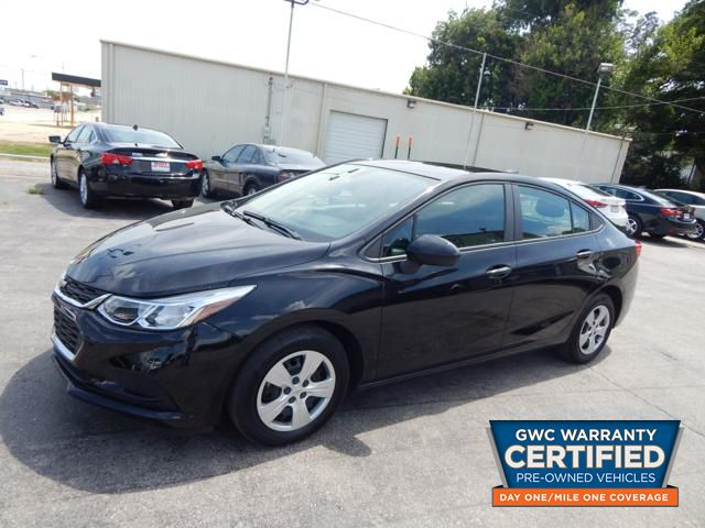Pre-Owned 2018 CHEVROLET CRUZE LS LS
